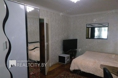 Продам однокомнатную квартиру в Октябрьском районе Минска