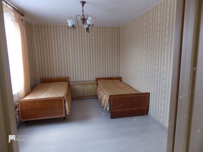 Жилой фонд 3-х комнатные Аренда
