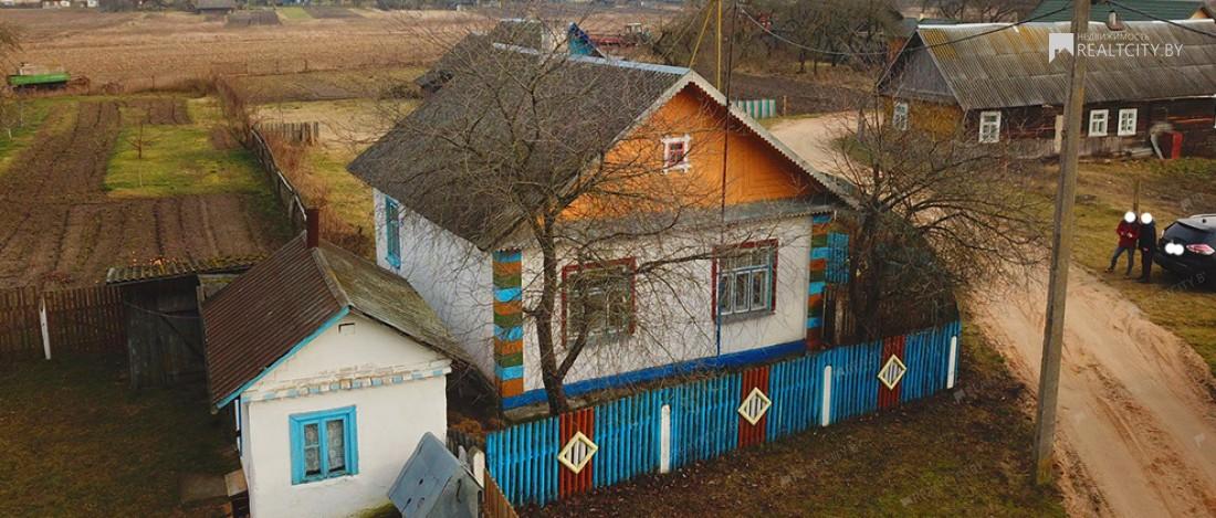 Продается дом 50 км от Гродно - деревня Старовщина  Щучинский район Гродненская область